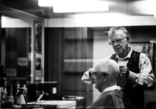 hairdresser photo by Philippe Cochet